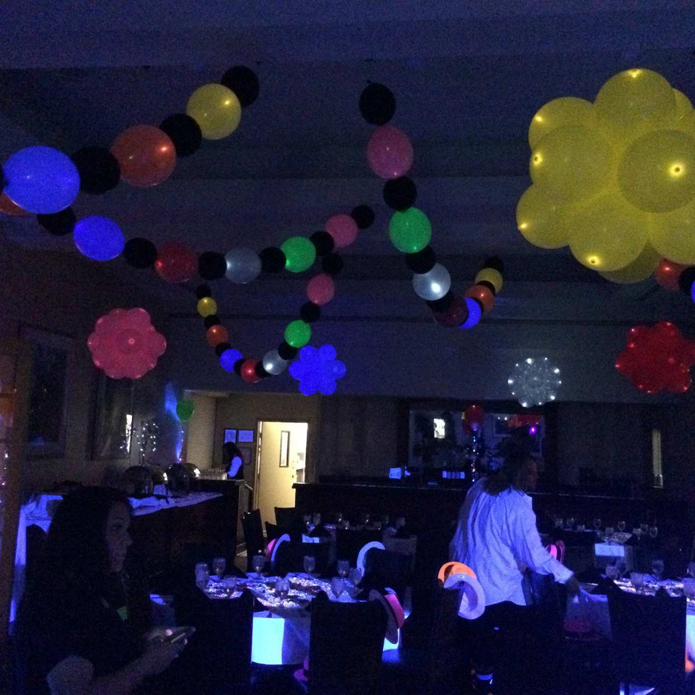 Pole wraps and balloon garlands