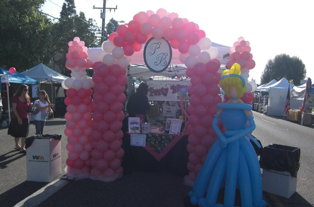 Cinderella and her castle balloon sculptures