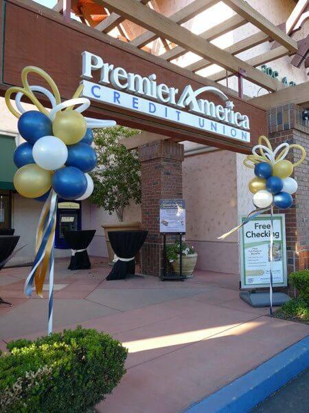Corporate balloon trees Moorpark